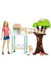 Barbie Vétérinaire et Sa Grange Mattel FCP78
