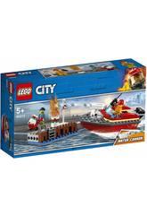 Lego City Flammes au quai 60213