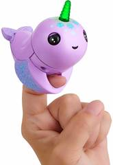 Fingerlings Light Up Narwhal Nelly WowWee 3696
