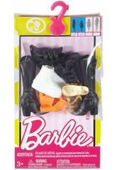 Barbie Pack de Zapatos Botas Altas, Zapatillas, Zapatos y Chanclas Mattel FCR92